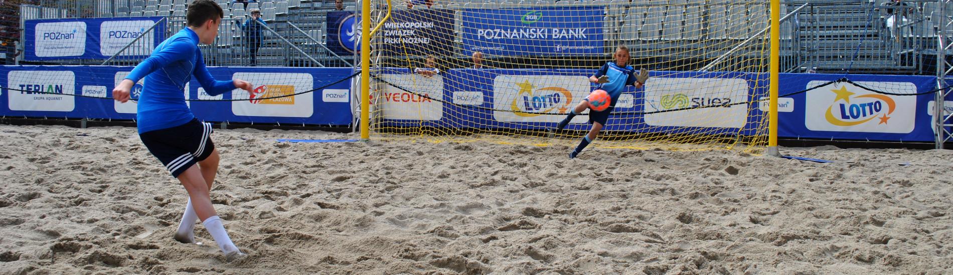 Piłkarska Plaża Wolności otwarta radością najmłodszych