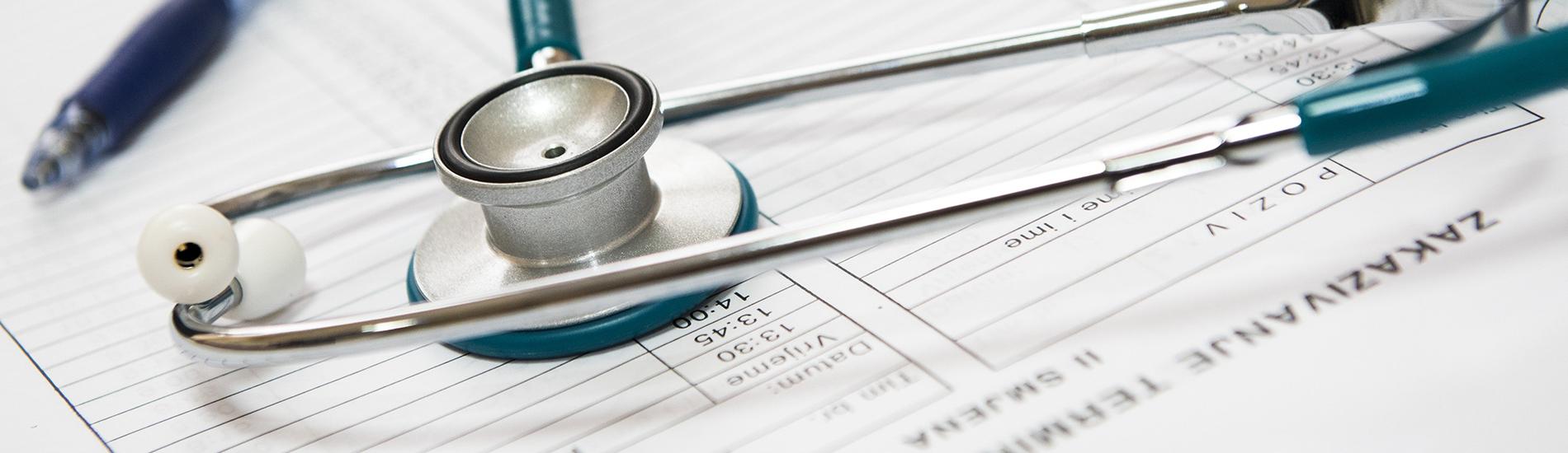 Brak zgody pacjenta na przeprowadzenie operacji lub leczenia